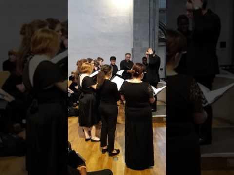 Old Swinford Hospital Chamber Choir - Severac : Tantum Ergo - St Aposteln Kirche, Cologne