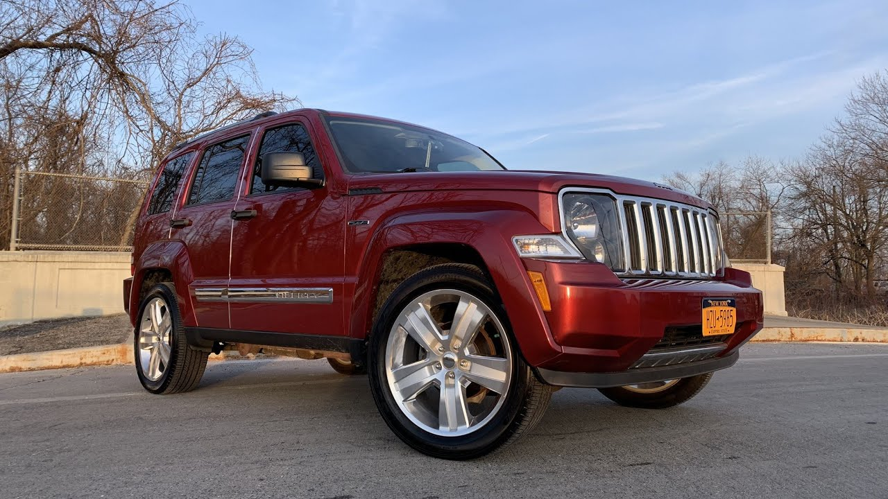 2012 Jeep Liberty Limited Driving! - YouTube