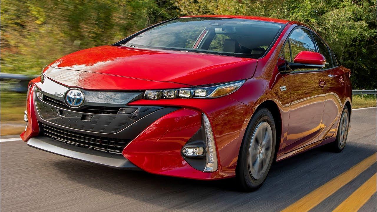2020 Toyota Prius Pictures