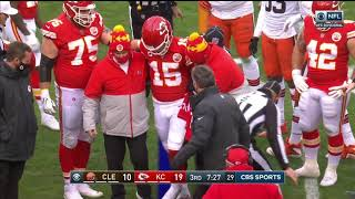 Patrick Mahomes DIZZY After Big Hit (OUT FOR GAME w/ Concussion)