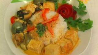 Vegan Thai Red Curry With Tofu And Eggplant (in Thai)