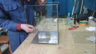Ремонт склейка аквариума Hagen Fluval Chi(Ремонт маленького аквариума в китайском стиле. К сожалению, производитель не обработал склеиваемые торцы..., 2012-03-14T02:18:41.000Z)