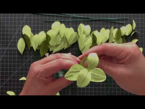 How to make crepe paper leaves fillers for your bouquet or centerpieces