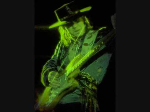 Stevie Ray Vaughan - The House Is Rockin'