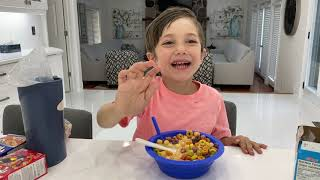 Mixing cereal together experiments - Learn and Play with Zack!!!