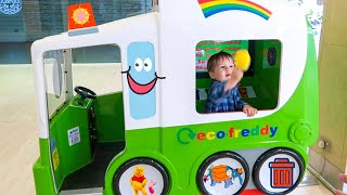 Ride on Giant Green Garbage Truck for Kids