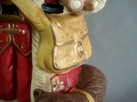 Santa bisque musical figurine