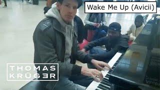 WAKE ME UP (Avicii) in Paris Train Station – THOMAS KRÜGER