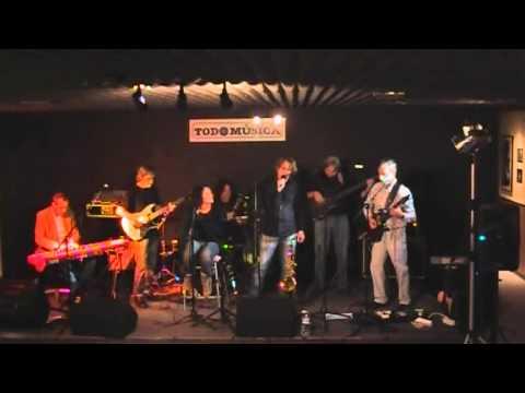 BLUE SMOKE BAND - - CONCIERTO TODOMÚSICA 27/11/11 - PASE 2