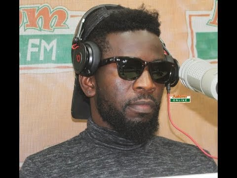 I never acrificed my mom for wealth and fame - Bisa Kdei .
