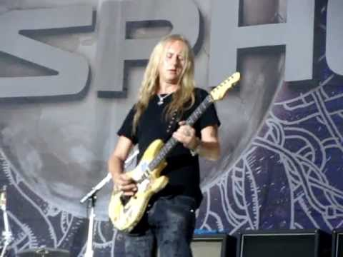 Jerry Cantrell – How to make love with the guitar