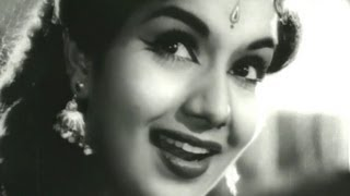 Superhit Old Classic Songs of Lata Mangeshkar - Jukebox 2 chords | Guitaa.com