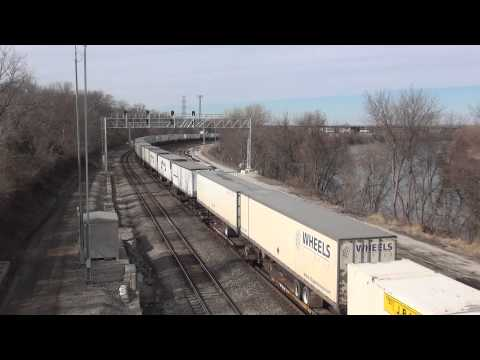 Kansas City Area Trains UP NS BNSF CSX CN NS 8099 Sou Heritage ATSF SP
