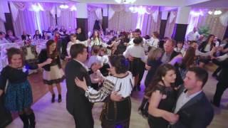 Petrecanie si distractie moldoveneasca cu muzica populara din moldova Formatia UNIC