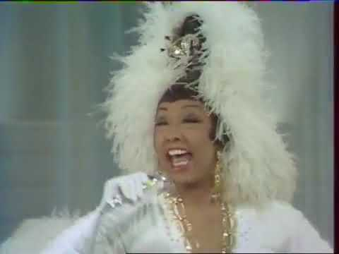 Live! The Legendary Josephine Baker (1968) Medley Of American Songs And The Charleston