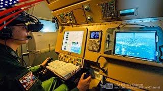 航空自衛隊KC-767の機内映像:F-15戦闘機へ空中給油/給油オペレーター/コックピット