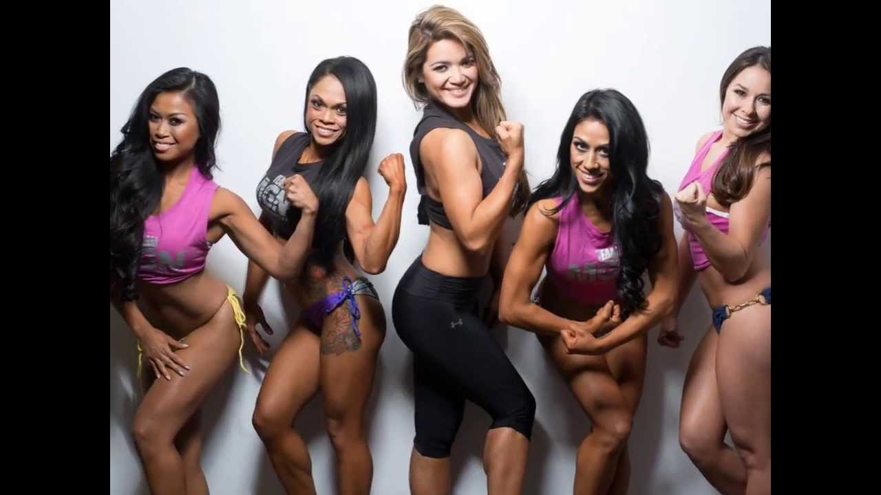 Muscle Gauge Nutrition Bikini Calendar
