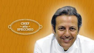 Filippo la mantia non ama definirsi chef, ma oste e cuoco. siciliano, dopo una vita trascorsa a roma alla cucina del majestic, approda in lombardia celebra...