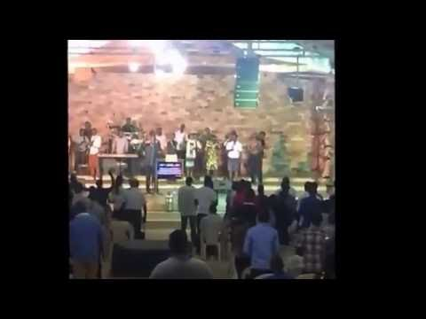 "Eglise Life Center "" Praise and Worship"" Burundi"
