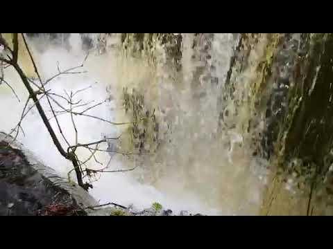 O río Forxá ao seu paso polos Sete Muíños