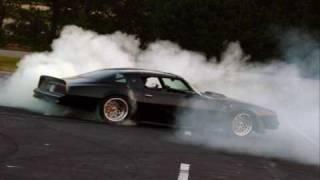 Pontiac trans am/firebird vs ford mustang