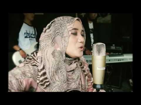 TOP 5 Cover Cewek Lagu Kun Anta 2016