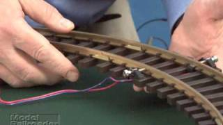 Model Railroader magazine Piko G Scale train set review