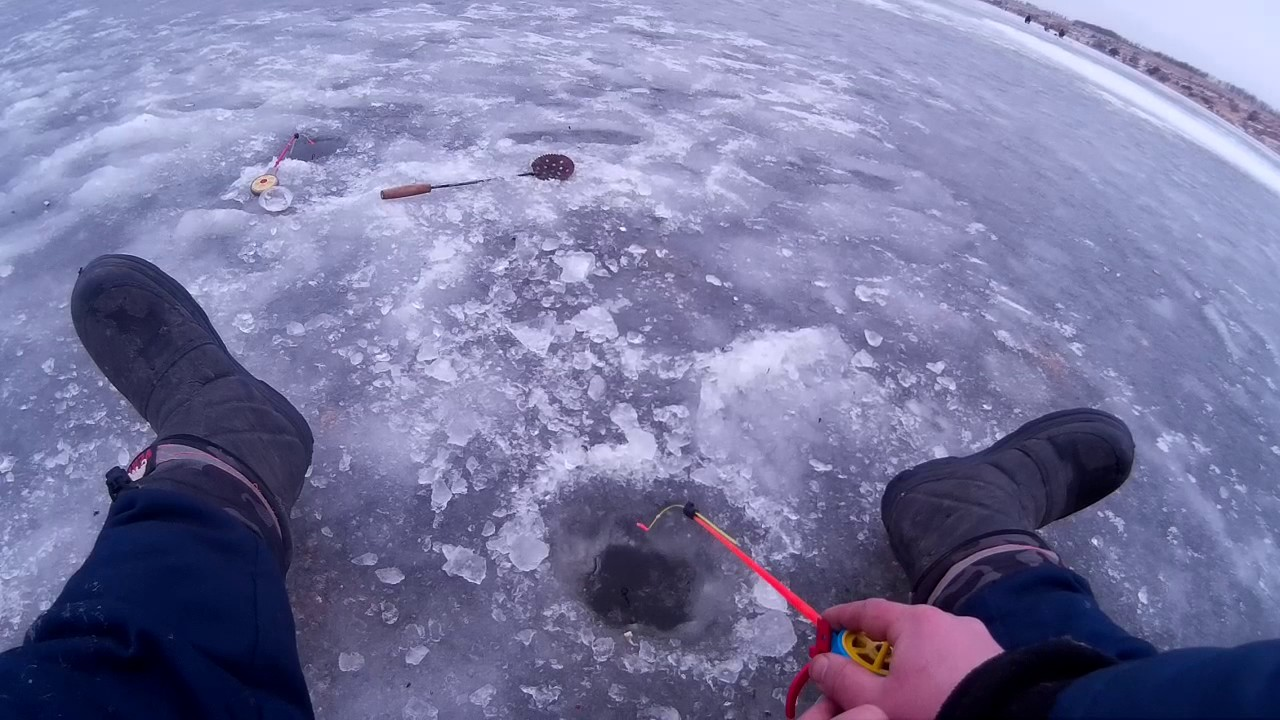 Зимняя рыбалка  Ловим подлещика и густеру в январе