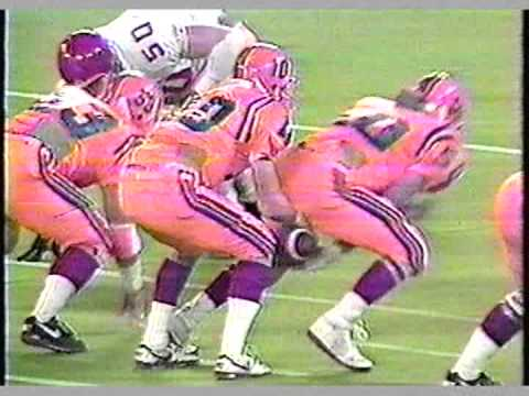 """1992 Guelph Gryphon Football Highlight Video -Part 3 - """"The Road to the Dome"""""""