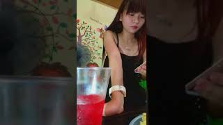 Linh Ka Đi ăn sinh nhật Chị gái Hot hot.