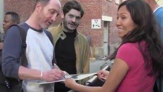 game of thrones cast iwan rheon alfie allen michael mcelhatton sign take photos w fans