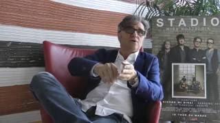 Intervista a gaetano curreri in occasione dell'uscita del singolo tutti contro tutti, contenuto nell'ultimo album miss nostalgia.