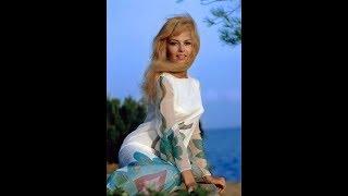 """""""История жизни"""" Мишель Мерсье"""