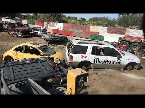 Mercury Mountaineer Gets Crushed....Shout Out