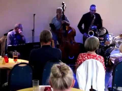 Clacton Jazz club-24/7/2016-guest artiste-Colin Watling(sax)