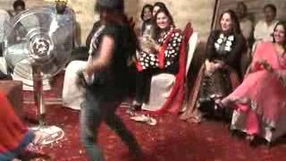 pak dance chikni chameli