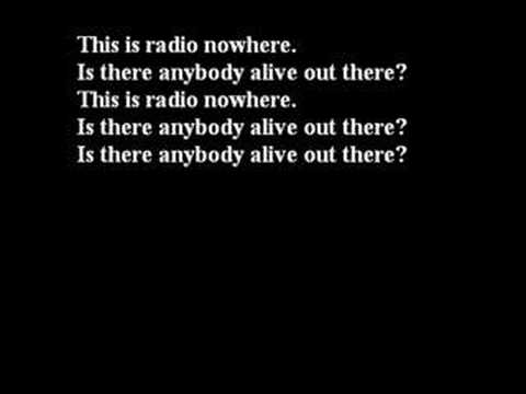 Bruce Springsteen - Radio Nowhere (Lyrics)