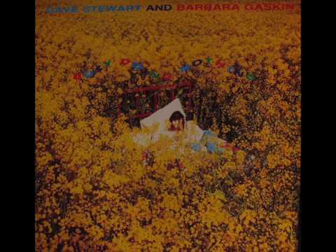 Dave Stewart & Barbara Gaskin - Busy Doing Nothing ♫HQ♫