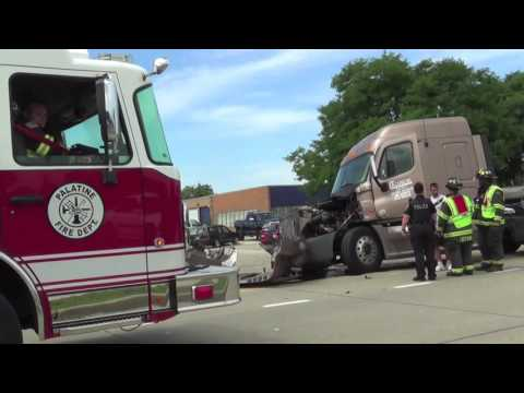 Wide Turn Crash: Pickup Truck vs Semi-Trailer Truck Crash Rolling Meadows, Illinois