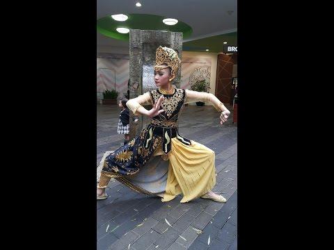 Tari Jaipong Paling Keren 2016 - Kalang Sunda