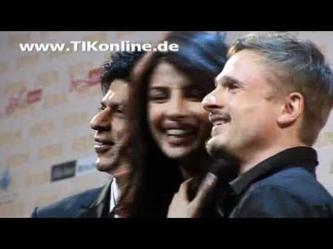 Shah-Rukh-Khan-und-Priyanka-Chopra-und-Florian-Lukas-Don2-tikonline.flv