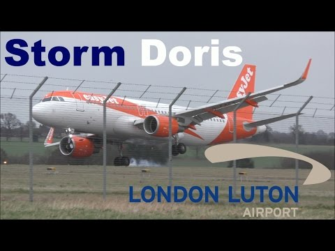 Storm Doris - High Winds, Hard Landings & Diversions at London Luton Airport! | 23/02/17