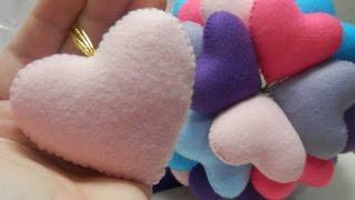 Coração de feltro – Artesanato Passo a passo por Alinne Marques