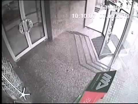 Man walks though glass door youtube man walks though glass door planetlyrics Choice Image