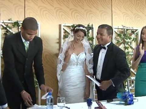 Matrimonio Catolico Y Protestante : Jce realiza primera boda no católica youtube