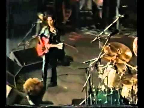 PJ Harvey - Dress (Reading Festival 1992)