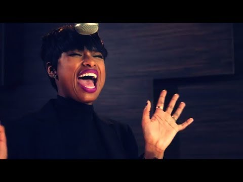 Jennifer Hudson - Whistle [LIVE]