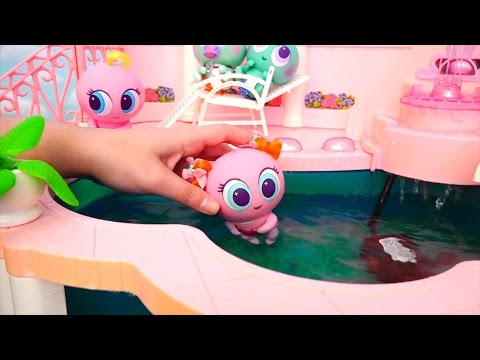 Toys for Kids - Distroller Neonates Toy Babies Have Fun at the Swimming Pool, the Park & McDonald's