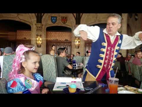 Disney 2018_Magic Kingdom_Ainsley BDay Lunch at Castle