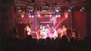 Dark Eyes - Mad Manoush Live